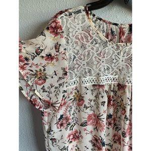 Women's Plus size blouse floral and lace p…